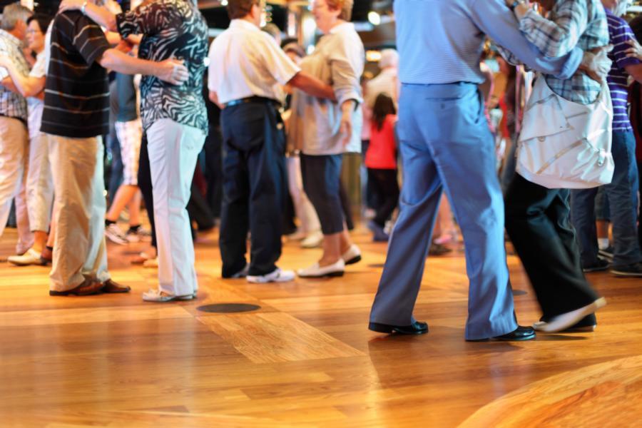 Tanzpartner für eine Tanzschule oder einen Tanzverein suchen