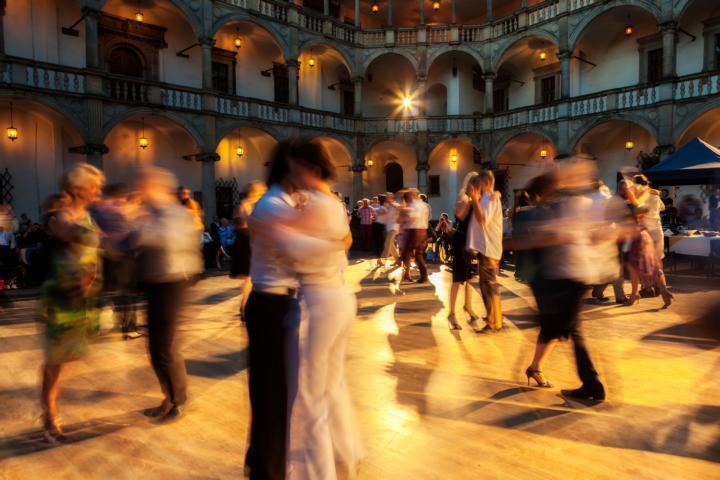 Wo kann man in den Mai tanzen? Tanz in den Mai